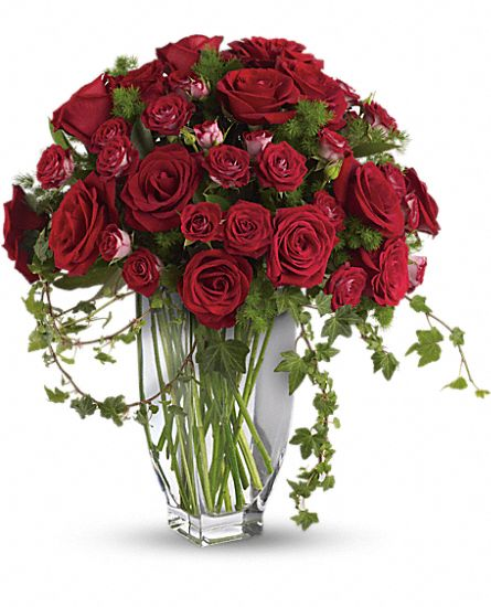 Rose Romanesque Bouquet – Red Roses